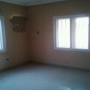 10995918 915947465104044 1382627664608781119 n 300x300 Lovely 2bedroom flat