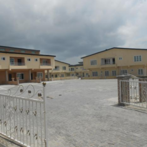 21 300x300 Lovely 3bedroom Terrace duplex in Lekki Gardens Estate Ajah Lekki